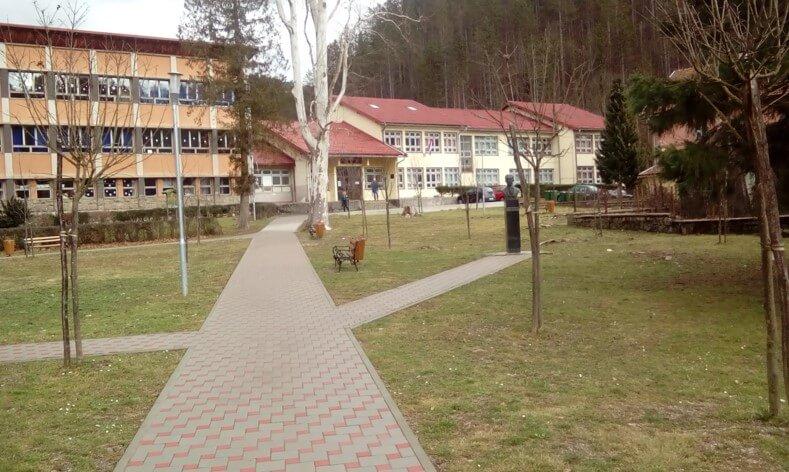 Željeznička tehnička škola Moravice (1)