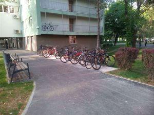 Parking za bicikle/foto: Srednja.hr