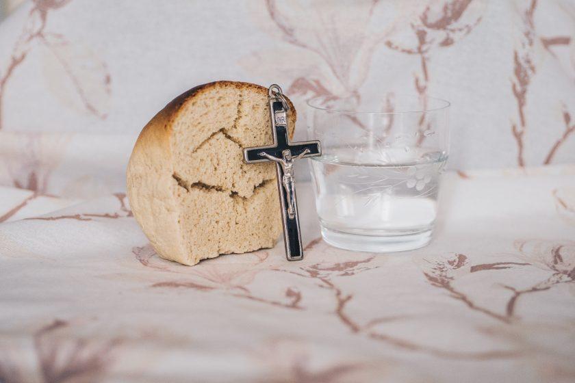 u korizmi kruh i voda