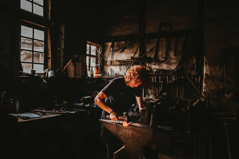 obrtnici, praksa; foto: Malcolm Lightbody za Unsplash