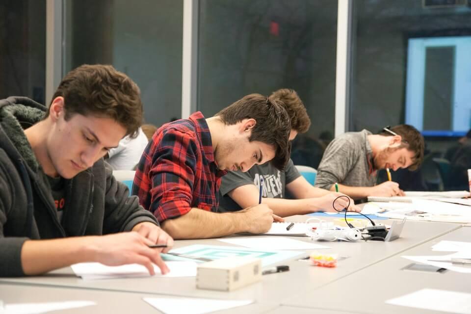 studenti predavanje
