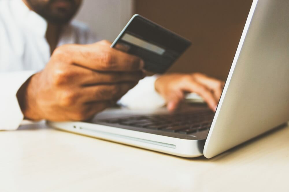 kreditna bankovna kartica