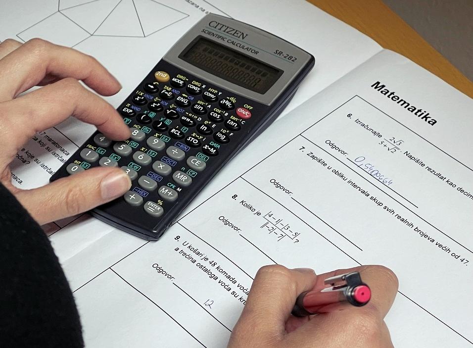 matura matematika kalkulator