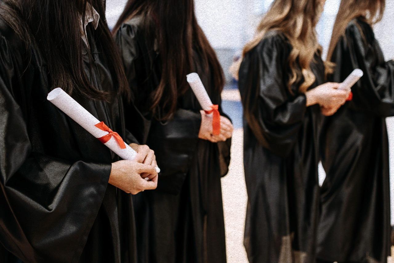 studenti diploma